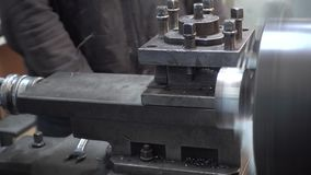 Taller industrial y productos industriales, trabajadores almacen de metraje de vídeo