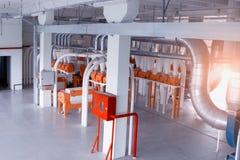 Taller moderno en la planta para la producción de harina de la comida del grano, breadstuffs de la producción imagenes de archivo