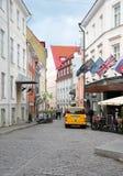 Tallin, 23 augustus de Straat 2014-van de binnenstad van Tallin in Estland Stock Afbeeldingen