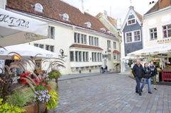Tallin, el 23 de agosto de 2014 - plaza céntrica de Tallin en Estonia Foto de archivo libre de regalías