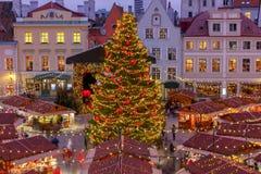 tallinn Площадь ратуши на рождестве стоковое изображение rf