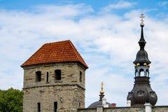 TALLINN, CC$ESTONIA CZERWIEC 26, 2015: Widok StMary kościół obraz stock