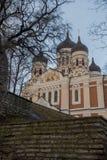 Tallinn, Estónia Opinião Alexander Nevsky Cathedral A catedral ortodoxo famosa é a cúpula ortodoxo a maior e a mais grande de Tal foto de stock