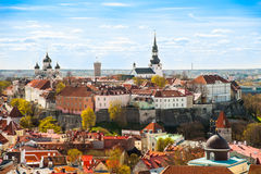 Tallinn, Estland bij de oude stad Stock Foto's