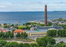 TALLINN ESTLAND - 05 07 2017 flyg- sikt av Tallinn i en beauti Fotografering för Bildbyråer
