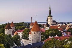 Tallinn Estland horisont Royaltyfria Foton