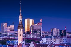 Tallinn Estland horisont Arkivbild