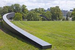 TALLINN, ESTLAND 17-2012 JUNI: Monument aan de veerboot van Estland die in 1994 is gedaald tallinn Estland Stock Fotografie
