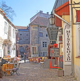 tallinn Estland Openluchtkoffie en souvenr winkels Stock Afbeelding