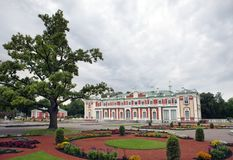 TALLINN, ESTLAND 7. SEPTEMBER 2015: Kadriorg-Palast, an Kadriorg-Park am 7. September 2015 in Tallinn, Estland Stockbild