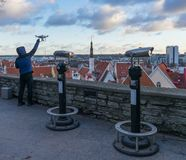TALLINN ESTLAND - 24 12 2017: Sikt av staden Tallinn, Estland Royaltyfri Foto