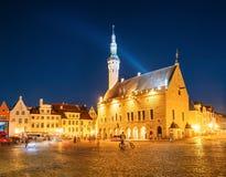 Tallinn, Estland Stad Hall Square - Raekoja Plats Beroemd Oriëntatiepunt royalty-vrije stock afbeelding