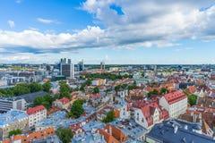 TALLINN, ESTLAND - 05 07 Vogelperspektive 2017 von Tallinn in einem beauti Lizenzfreies Stockfoto