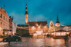 Tallinn estonia Tradycyjny boże narodzenie rynek Na urzędu miasta kwadracie Zdjęcie Stock
