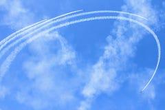 Tallinn - MEI 13: De aerobatic groep Russ onder MIJNhaven binnen Stock Afbeeldingen