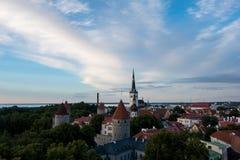Tallinn& x27美妙的看法; s老镇从上面 库存照片