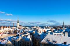 Tallinn zimy miasta panoramiczny krajobraz Zdjęcia Stock
