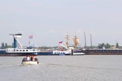 Tallships和小船在风帆2015年事件期间在阿姆斯特丹,荷兰 库存照片