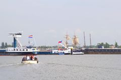 Tallships και βάρκες κατά τη διάρκεια του γεγονότος πανιών 2015 στο Άμστερνταμ, Κάτω Χώρες Στοκ Φωτογραφίες