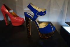 Talons de tueur : L'art de la chaussure à talons hauts 2 Photographie stock