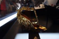 Talons de tueur : L'art de la chaussure à talons hauts 93 Photo stock