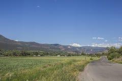 Talpanoramablick der Landstraße 132, Paonia, Colrado Stockbild