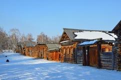 Taltsy, région d'Irkoutsk, Russie, mars, 02, 2017 Musée ethnographique architectural Taltsy Cour interne de la ferme de Nepom photographie stock libre de droits