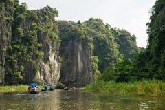 Tam Coc, Ninh Binh,越南- 2014年9月14日 免版税库存图片