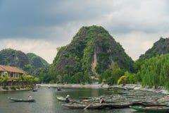 Tam Coc, Ninh Binh, Вьетнам - 14-ое сентября 2014 Стоковые Фотографии RF