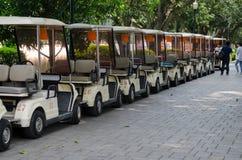 Tam jest golfowy samochodowy parking Obrazy Royalty Free