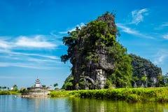 Tama Coc turystyczny miejsce przeznaczenia w Wietnam Fotografia Stock