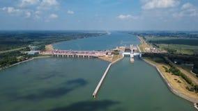 Tama i bramy na Danube antenie zdjęcie wideo