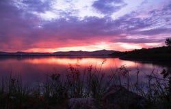 tama nad wschód słońca Obrazy Royalty Free