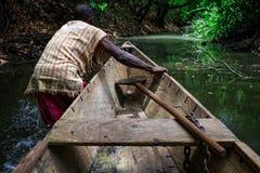 TAMALE, GANA ï ¿ ½ o 23 de março: Tomada africana nativa não identificada do homem Fotos de Stock Royalty Free