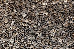 Tamanho e forma diferentes do furo redondo na parede Imagem de Stock Royalty Free