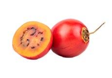 Tamarillo de fruit avec la moitié Photo libre de droits