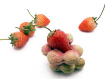 Tamarinier et fraise verts Photos libres de droits