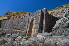Tambomachay oder Bad des Inka lizenzfreie stockfotos