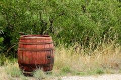 Tambor de vinho tradicional fotos de stock