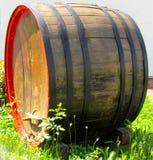 Tambor de vinho velho Fotos de Stock Royalty Free