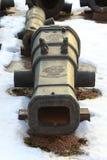 Tambor do canhão velho no close up da neve Imagens de Stock