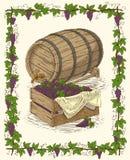 Tambor do carvalho e caixa de madeira com uva madura Fotos de Stock