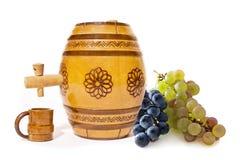 Tambor pequeno com uvas imagens de stock royalty free