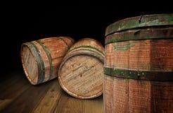 Tambor Textured de madeira e do ferro da cervejaria - trajeto de grampeamento Imagens de Stock Royalty Free