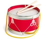 Tambor y palillos del tambor en el fondo blanco Fotografía de archivo