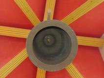 Tambores, campanas el sonido de símbolos Manera budista del ` - ` tailandés de la manera Imagenes de archivo