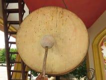 Tambores, campanas el sonido de símbolos Manera budista del ` - ` tailandés de la manera Imagen de archivo