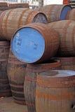 Tambores de cerveja vazios fotos de stock