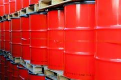 Tambores de petróleo vermelhos Imagem de Stock Royalty Free