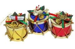 Tambores del oro, rojos y azules de la Navidad Foto de archivo